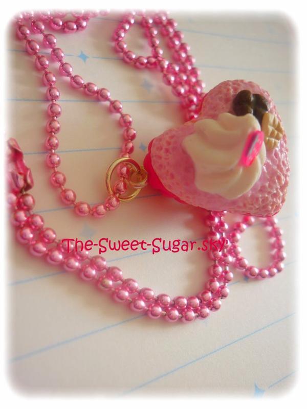 Gateau en forme de coeur à la fraise *