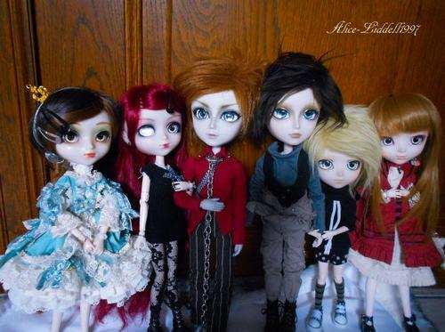 Ma petite famille de Dolls grandit l'air de rien è.é !