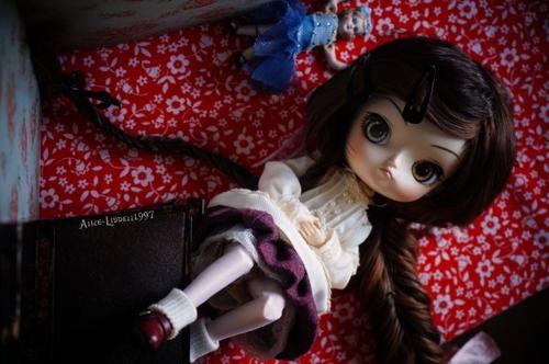 I'm sick, but I have my dolls