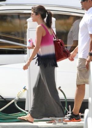 ♥ Selena de sortie en Floride !