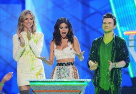♥ Selena au Kids Choice Awards 2012 !