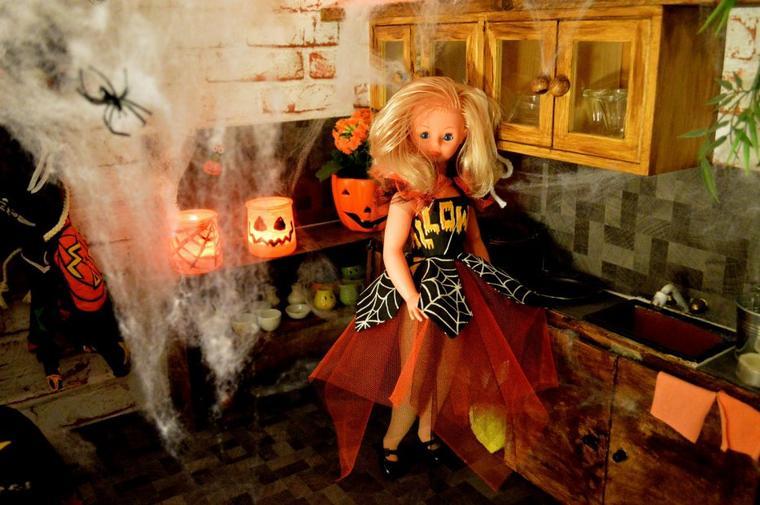 Oui cette sorcière est folle !