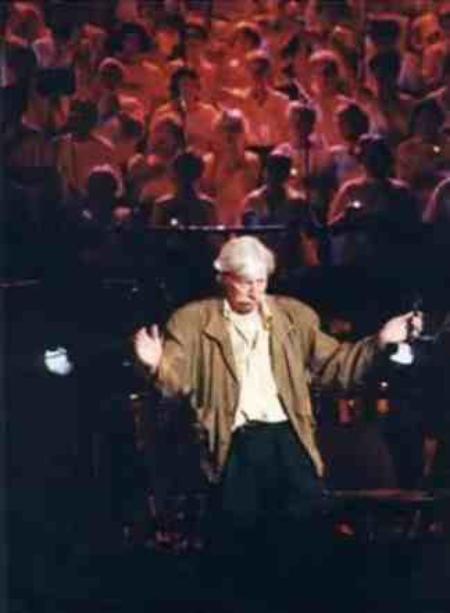 Jean FERRAT et les Choristes à Alès ( 30100 ) en 1995