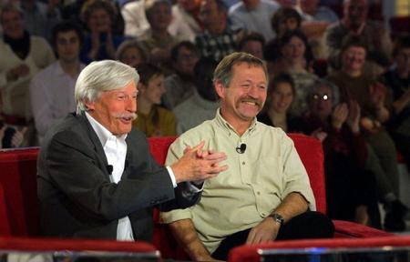 """Jean FERRAT et José BOVE à """" Vivement Dimanche """"  (1995)"""