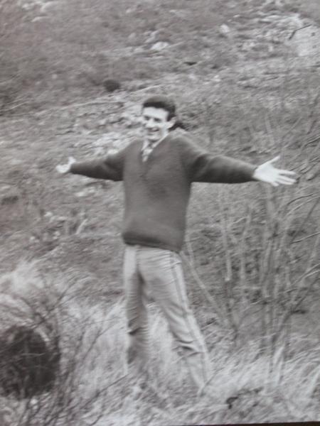 """1965) Jean FERRAT et sa montagne """" Ardèchoise """" qu'il aimait tant"""