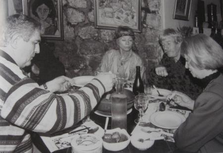 Jean FERRAT reçoit des amis chez lui ( 2000 )