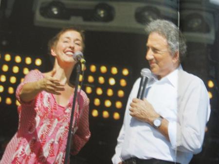 ENZO ENZO rend hommage à Jean FERRAT à la fête de L'Humanité (Septembre 2010)