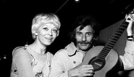 Jean FERRAT avec Isabelle AUBRET (1971)