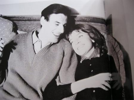 1960)  Jean FERRAT et christine Sèvres à Ivry sur Seine (94200)