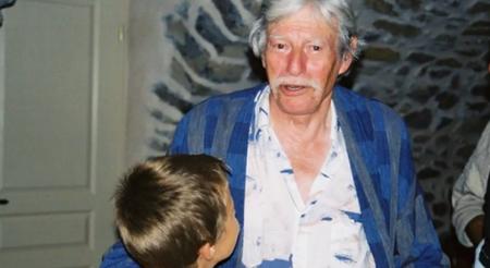 2004) Jean FERRAT venu assister au spectacle de Jean d'ici FERRAT le cri