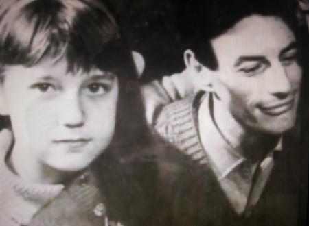 1965) Jean FERRAT et Véronique la fille de Christine Sèvres (sa première épouse)