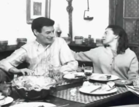 1963) Jean FERRAT et Christine Sèvres à Ivry-sur-Seine (94200)