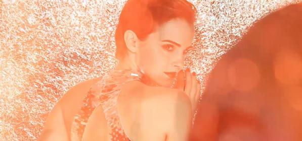 . ● Un nouveau spot publicitaire de Lancôme pour UV Expert BB vient d'apparaître. .