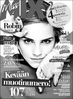 """. ● Cette semaine, Emma est en couverture du magazine Finlandais """"Miss Mix"""". ."""