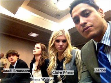 """. ● Une nouvelle photo d'Emma en compagnie de Carlos, Israël Broussard et Claire Pfister a été prise sur le tournage de """"the Bling Ring"""" ainsi que la photo de son gâteau d'anniversaire.."""