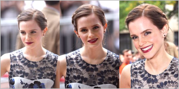 ". 08/09/12 ➜ Emma était à la première de ""The Perks of being a Wallflower"" au TIFF.."