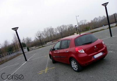 Renault Clio 3.2 Dynamique dCi 70 [Shooting Urbain]