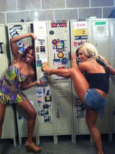 Alicia Fox & Kaytlin