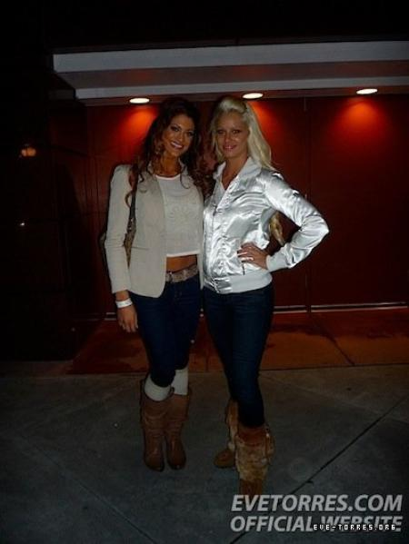 Maryse & Eve Torres