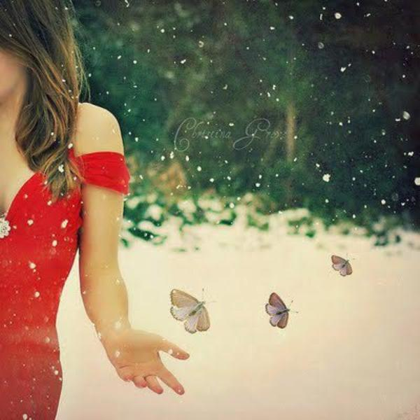 """""""L'amour est l'ultime moyen de transformer les êtres , même lorsqu'ils sont remplis de colère et de haine . Manifestez cet amour continuellement , sans varier , sans vous lasser , et vous les toucherez .""""  [Dalai Lama.]"""