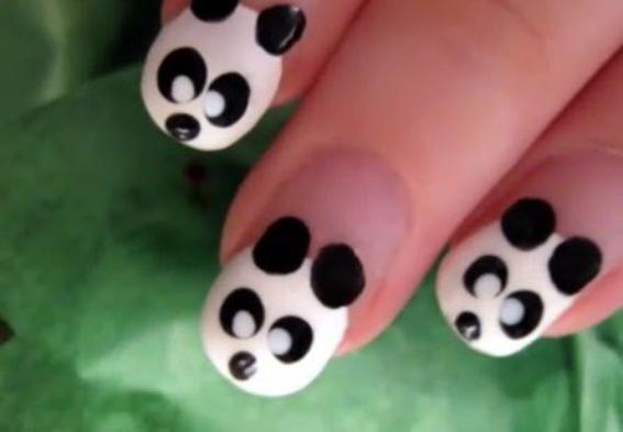 Nail Art Panda.