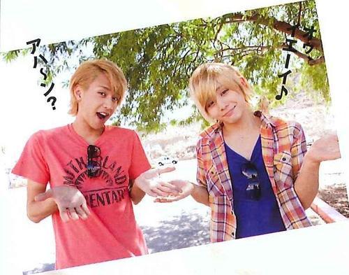 Yama-chan en blond !! (c'est une perruque)