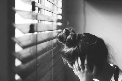 La souffrance peut occuper une telle place qu'on en oublie le bonheur. Parce qu'on ne se rappelle pas avoir été heureux. Et puis, un jour, on ressent quelque chose d'autre, ça nous fait bizarre, seulement parce qu'on n'a pas l'habitude, et à ce moment précis, on se rend compte qu'on est heureux.