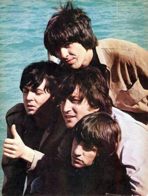 The Beatles en couleur *-*