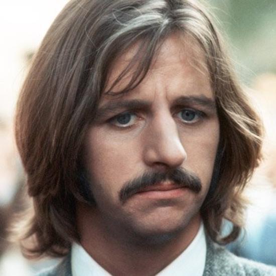 Voila pour celles qui ne trouvent pas de photos de Ringo, là je vous en met de trèèès belles