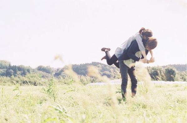 J'aurai voulu te garder dans mes bras pour toujours, mais l'éternité m'aurait paru trop courte.