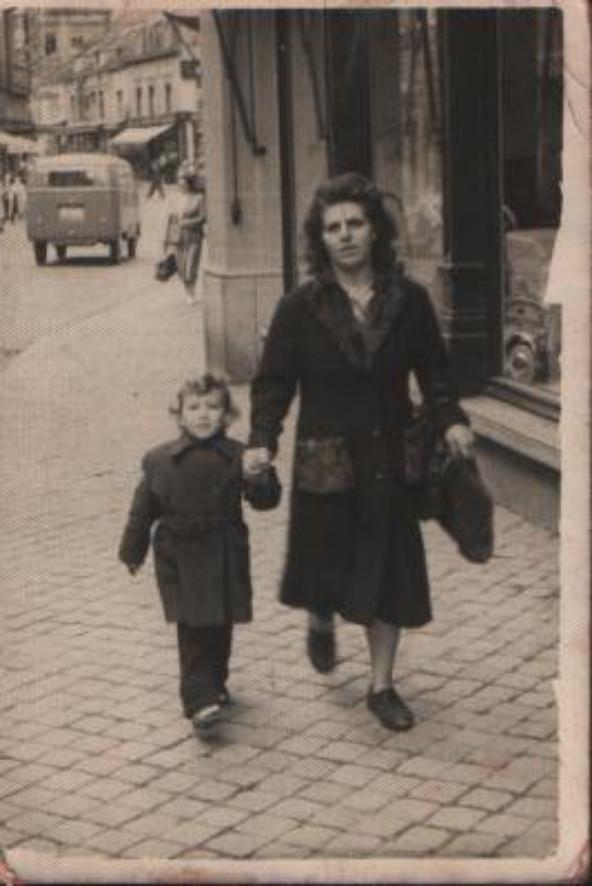 laurence avec son fils  félix dit lili