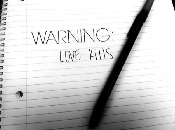 """""""Il est facile de tomber amoureux, mais difficile de trouver quelqu'un qui vous rattrape."""" (Anonyme)"""