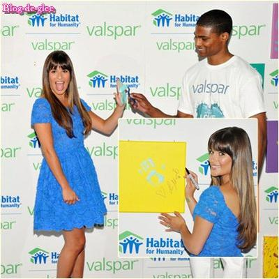 Teen Choice Awards / Lea Michele aux Valspar Hands For Habitat !