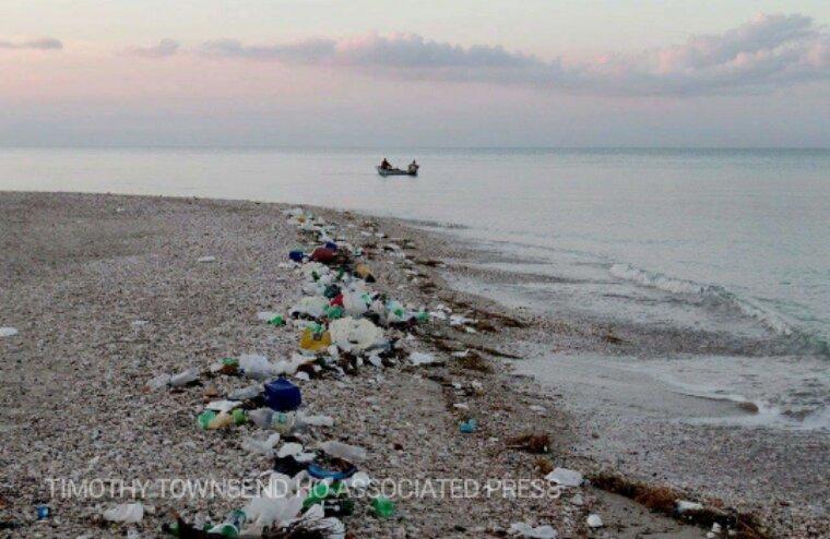 Plus de plastique que de poissons dans les océans d'ici 2050?