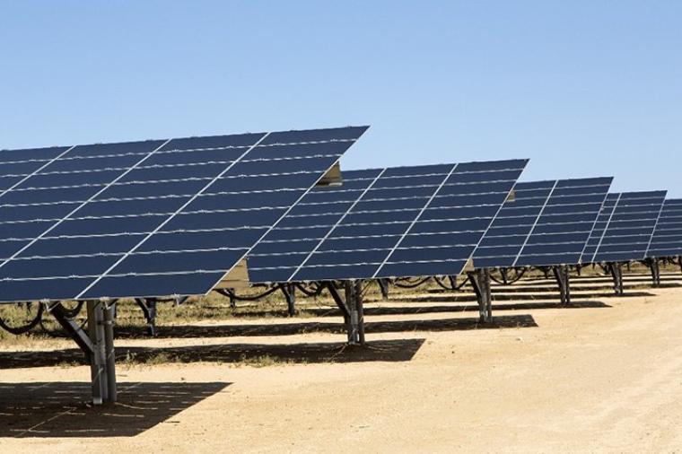 Des milliars d'emplois dans le solaire d'ici 2023