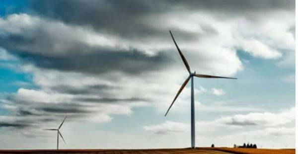 Energies renouvelables: développement record en 2016, mais encore insuffisant (étude)