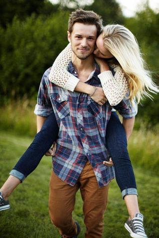 """""""Si je t'aime, ce n'est pas pour ce que tu es mais pour ce que nous sommes ensembles."""""""