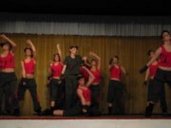 spectacle DANCE CREW <3