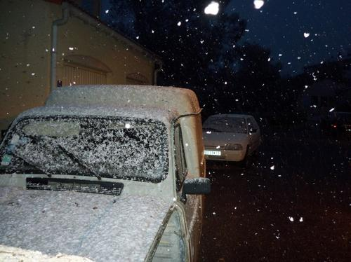 let it snow let it snow let it snow =3 ^^