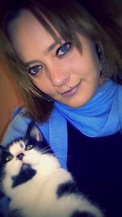 ♥ Peluche, fils de Choupinette シ Né le 22 octobre 2014 ET MOI, sa maman Choupinette 1 ans et demi à droite. *^▁^*