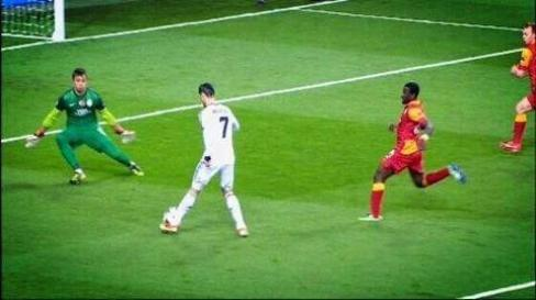 real madrid 3 : 0 galatasaray  ♥♥♥ hala madrid