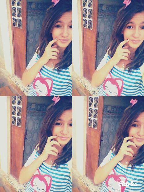 • Le miroir est mon meilleur ami, car quand je pleure il ne rit jamais.