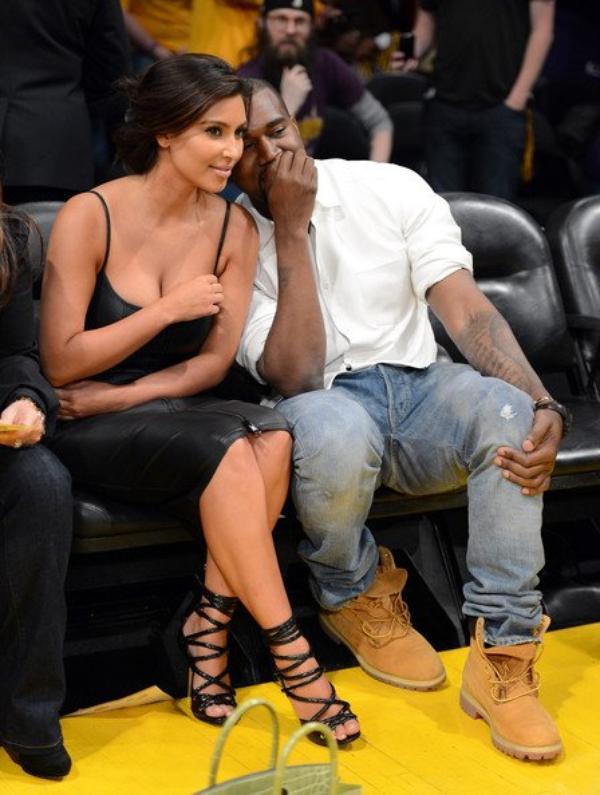 12\05\12 Kim Kardashian et Kanye West ont était aperçues au match de basket des Lakers contre les Denver Nuggets à Los Angeles