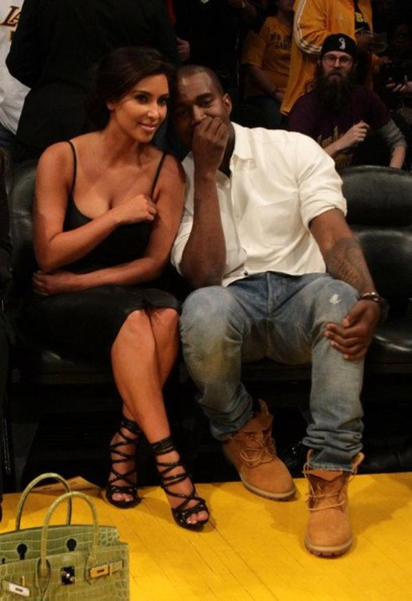 12\05\12 Kim Kardashian et Kanye West ont était aperçues au match de basket des Lakers contre les Denver Nuggets à Los Angeles