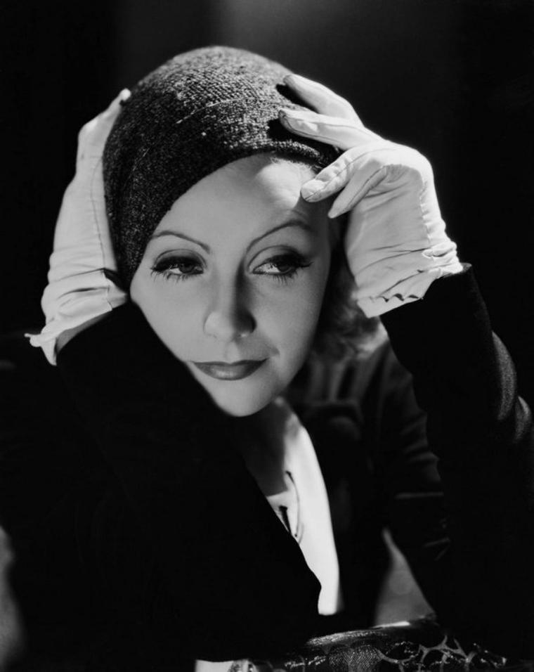 Née un 18 septembre  , Greta  GARBO , actrice   (1905-1990)