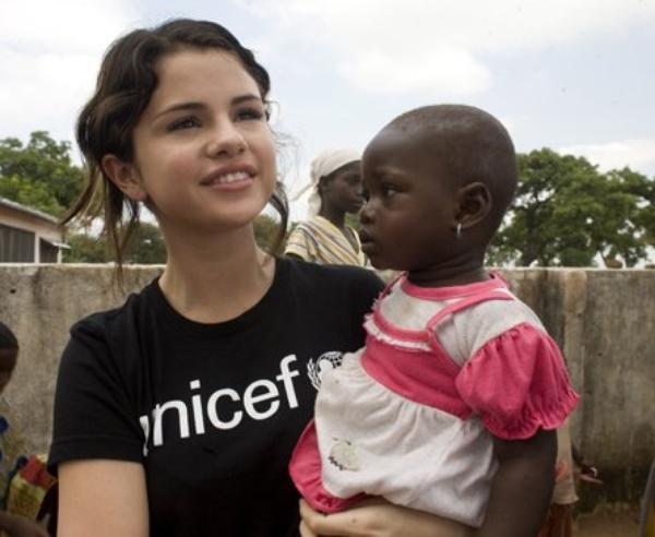 Selena Gomez ♥ Une présentation presque inutile.