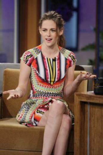 Twilight Breaking Dawn Part 2 extrait + Kristen Stewart au tonight show leno 5 november 2012'
