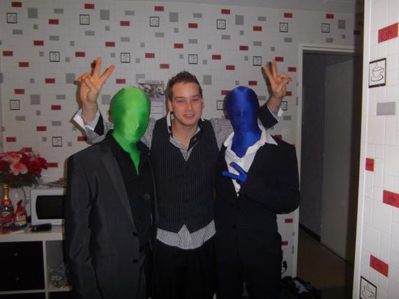 Bleu, Un Fan et Vert