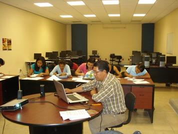 Reflexividad sociolingüística de estudiantes de origen etnolingüístico y actores institucionales en la educación pública superior: información, valoración y regulación sobre educación, lengua y cultura