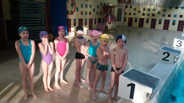Premier cours de natation pour les 1&2